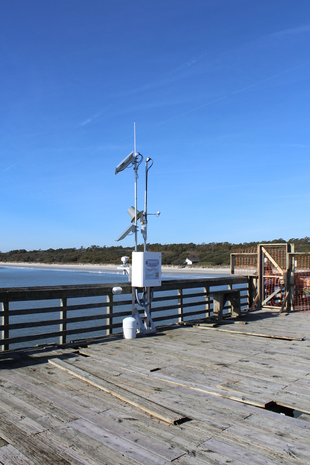 Photo of station #8661070, Springmaid Pier, SC