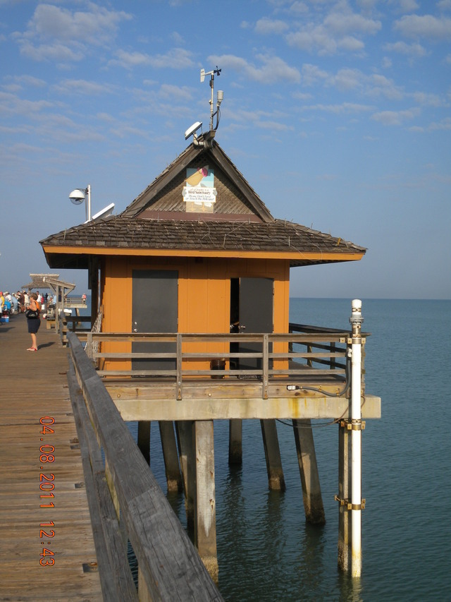 Photo of station #8725110, Naples, Gulf of Mexico, FL