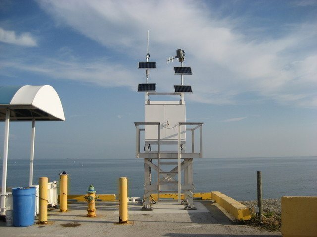 Photo of station #8726384, Port Manatee, FL