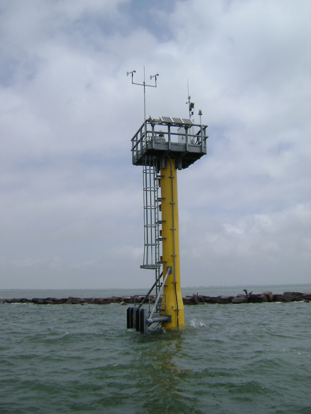 Photo of station #8771341, Galveston Bay Entrance, North Jetty,