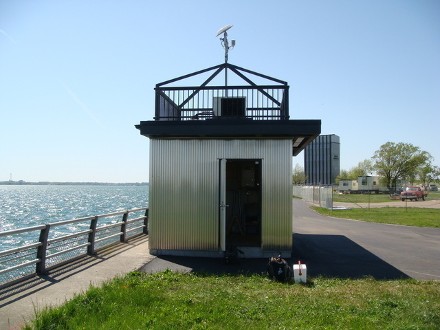 Photo of station #9063012, Niagara Intake, NY