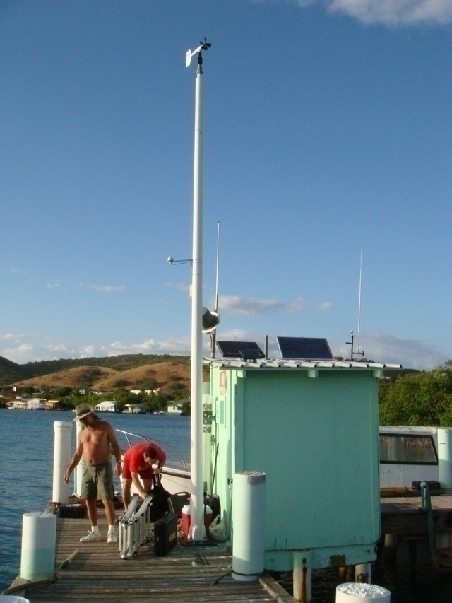 Photo of station #9759110, Magueyes Island, PR