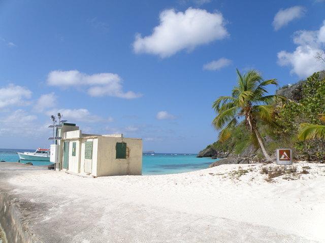 Photo of station #9759938, Mona Island, PR